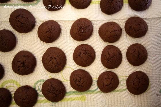 Chocolate_Whoopie_Pies10