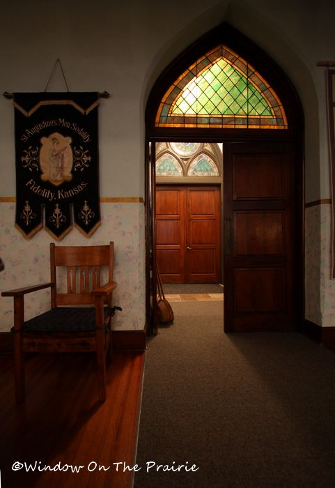 View looking through the front door and into the vestibule